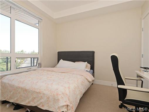 Photo 13: 401 935 Cloverdale Avenue in VICTORIA: SE Quadra Condo Apartment for sale (Saanich East)  : MLS® # 368074