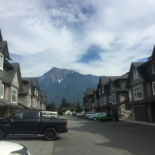 "Main Photo: 5 1609 AGASSIZ-ROSEDALE H Highway: Agassiz Townhouse for sale in ""Fraser Green"" : MLS® # R2095436"