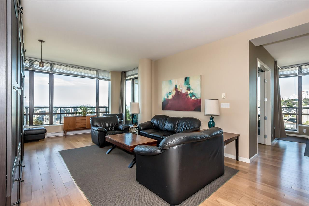 "Photo 3: 2001 610 VICTORIA Street in New Westminster: Downtown NW Condo for sale in ""THE POINT"" : MLS® # R2103117"