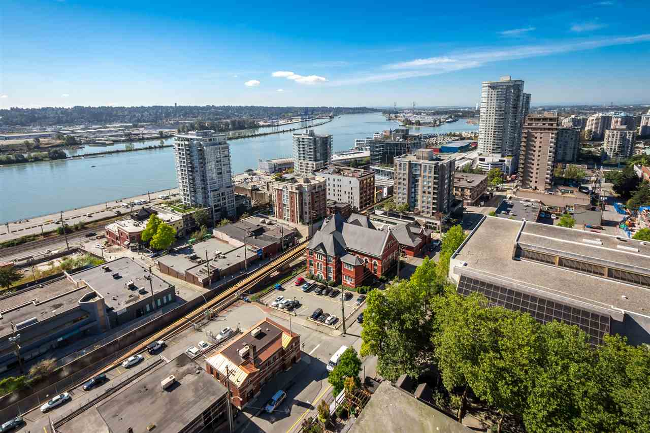 "Photo 11: 2001 610 VICTORIA Street in New Westminster: Downtown NW Condo for sale in ""THE POINT"" : MLS® # R2103117"