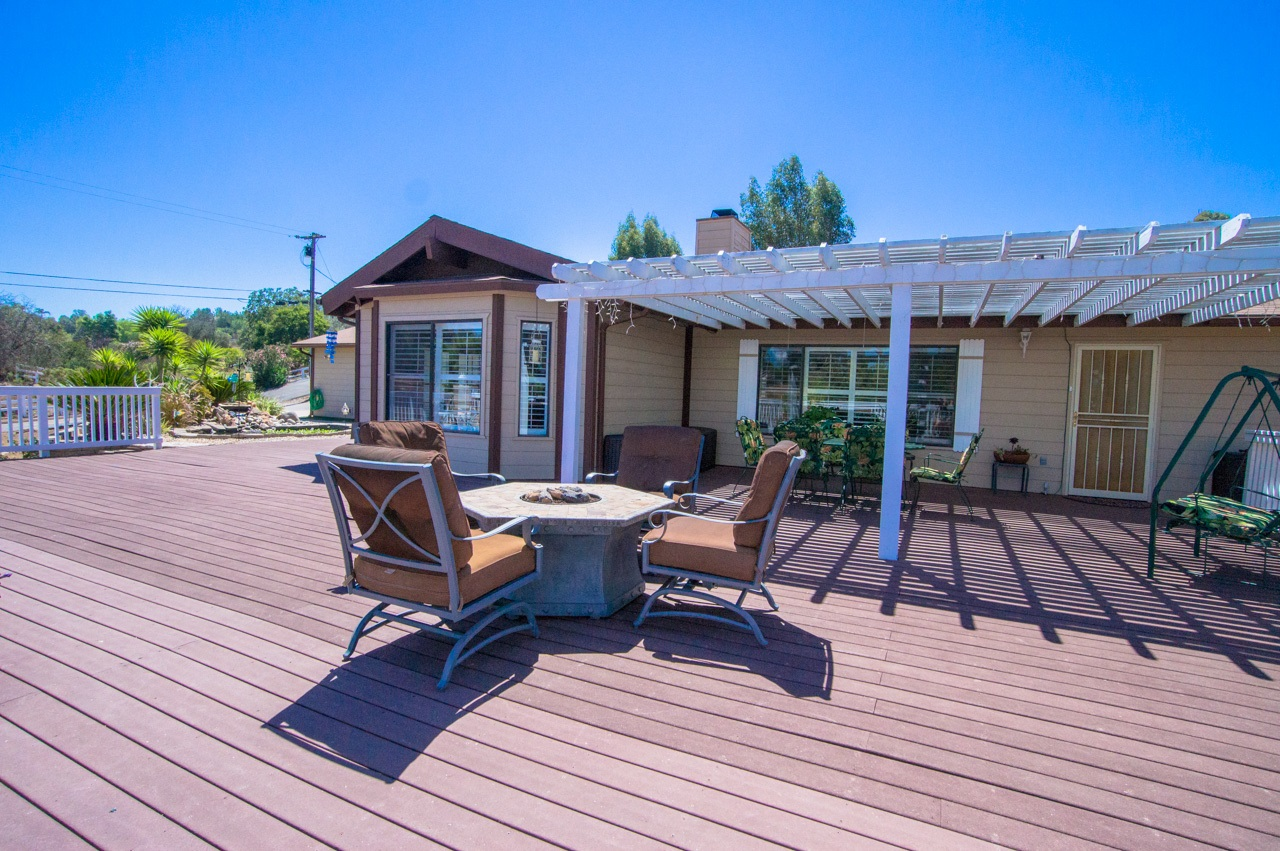 Main Photo: ALPINE House for sale : 4 bedrooms : 2396 WILLITS