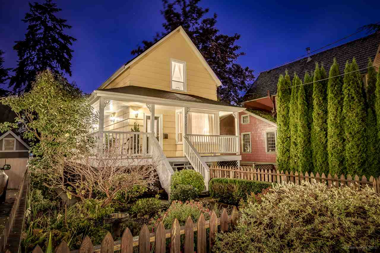 "Main Photo: 1012 SEVENTH Avenue in New Westminster: Moody Park House for sale in ""Moody PArk"" : MLS® # R2117341"
