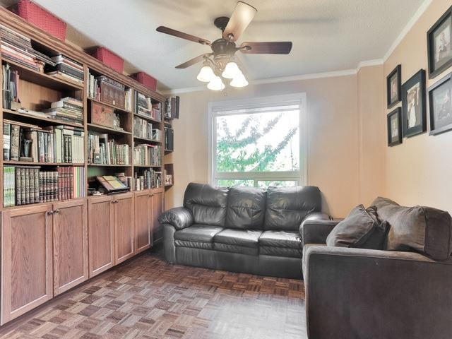 Photo 15: 45 Lansbury Court in Vaughan: Crestwood-Springfarm-Yorkhill House (2-Storey) for sale : MLS(r) # N3643516