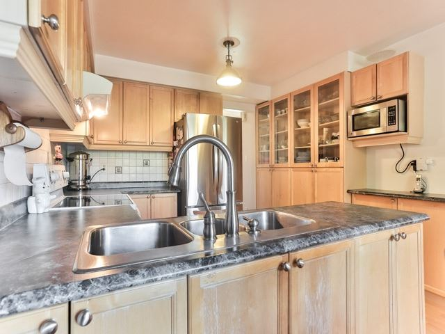 Photo 17: 45 Lansbury Court in Vaughan: Crestwood-Springfarm-Yorkhill House (2-Storey) for sale : MLS(r) # N3643516