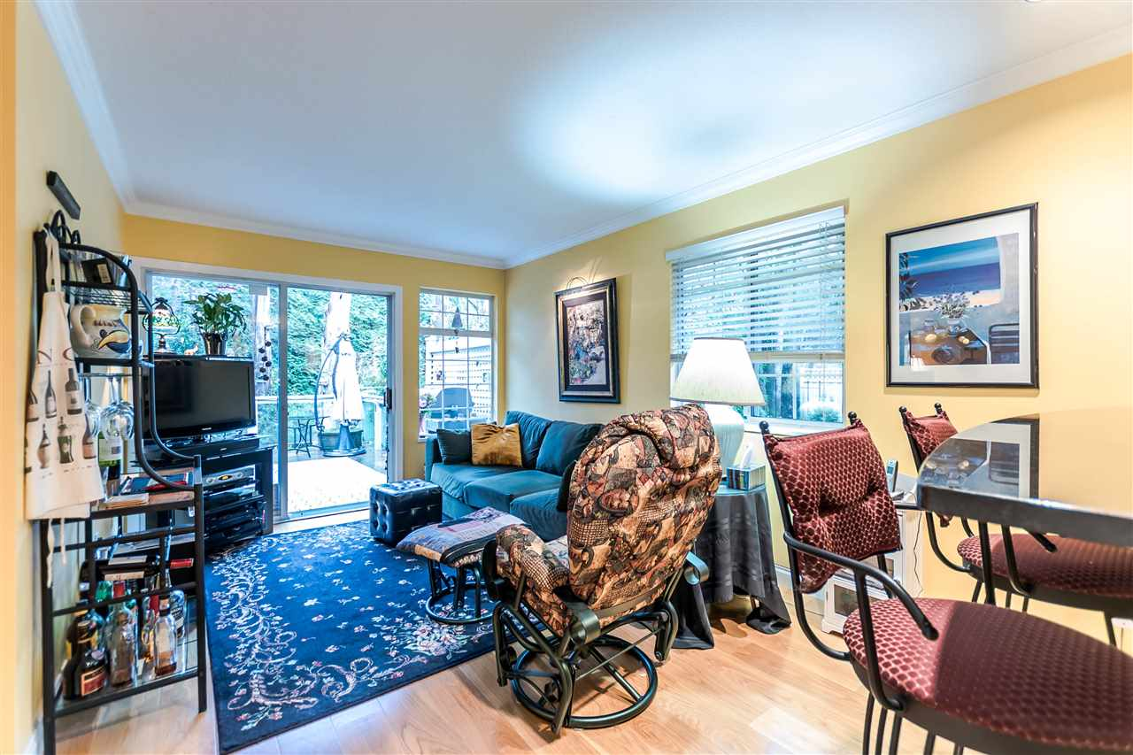 "Photo 10: 131 16335 14 Avenue in Surrey: King George Corridor Townhouse for sale in ""Pebble Creek"" (South Surrey White Rock)  : MLS(r) # R2124890"