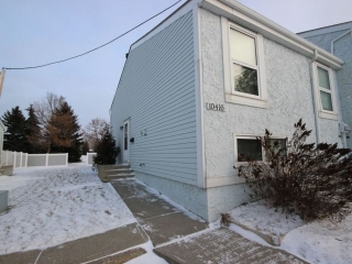 Main Photo: 10416 28A Avenue in Edmonton: Zone 16 Townhouse for sale : MLS(r) # E4045983