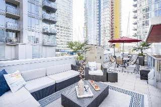 "Main Photo: 133 REGIMENT Square in Vancouver: Downtown VW Townhouse for sale in ""SPECTRUM"" (Vancouver West)  : MLS® # R2152733"