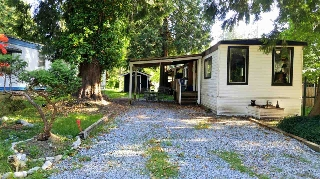 "Main Photo: 3 35584 E DURIEU Road in Mission: Durieu Manufactured Home for sale in ""Cedar Acres Trailer Park"" : MLS(r) # R2172472"