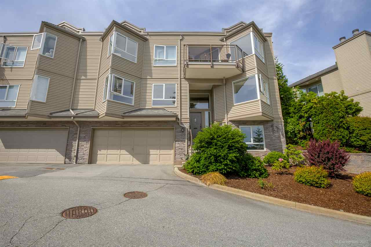 "Main Photo: 405 1215 LANSDOWNE Drive in Coquitlam: Upper Eagle Ridge Townhouse for sale in ""SUNRIDGE ESTATES"" : MLS® # R2173938"