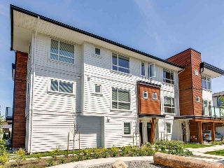 "Main Photo: 31 240 JARDINE Street in New Westminster: Queensborough Townhouse for sale in ""QUEEN'S PARK ESTATE"" : MLS(r) # R2179282"