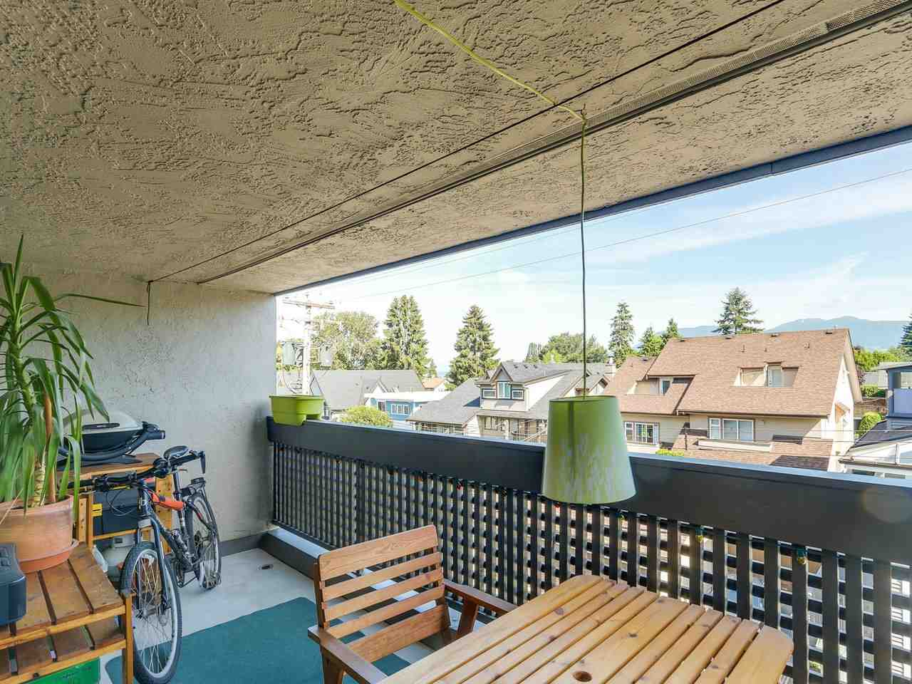 Photo 1: 309 1977 STEPHENS Street in Vancouver: Kitsilano Condo for sale (Vancouver West)  : MLS(r) # R2183869