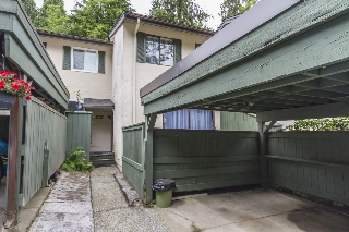"Main Photo: 169 JAMES Road in Port Moody: Port Moody Centre Townhouse for sale in ""TALL TREES ESTATES"" : MLS® # R2185076"