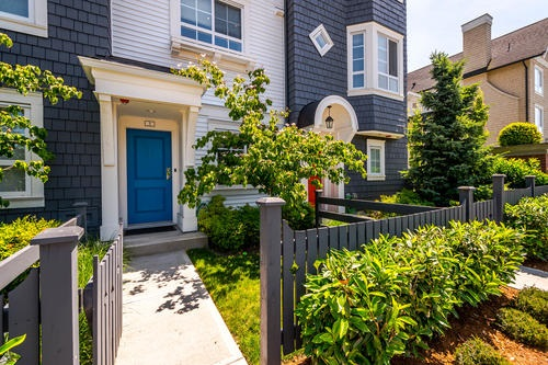 "Main Photo: 3 8438 207A Street in Langley: Willoughby Heights Townhouse for sale in ""YORK"" : MLS® # R2185637"