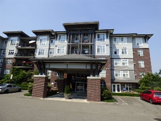"Main Photo: 202 45645 KNIGHT Road in Sardis: Sardis West Vedder Rd Condo for sale in ""COTTON RIDGE"" : MLS® # R2189370"