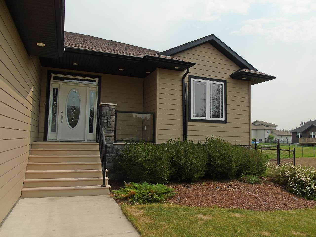 Photo 3: 3621 47 Street: Gibbons House for sale : MLS® # E4074645