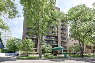 Main Photo:  in Edmonton: Zone 12 Condo for sale : MLS® # E4076110