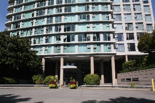"Main Photo: 506 1009 EXPO Boulevard in Vancouver: Yaletown Condo for sale in ""LANDMARK 33"" (Vancouver West)  : MLS® # R2206751"