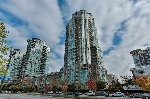 "Main Photo: 2302 1188 QUEBEC Street in Vancouver: Mount Pleasant VE Condo for sale in ""CityGate One"" (Vancouver East)  : MLS® # R2207829"