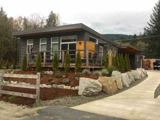 Main Photo: 892 TROWER Lane in Gibsons: Gibsons & Area House for sale (Sunshine Coast)  : MLS® # R2221931