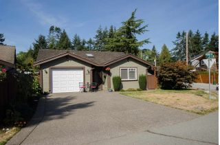 "Main Photo: 1291 MORRIS Crescent in Delta: Beach Grove House for sale in ""BEACH GROVE"" (Tsawwassen)  : MLS® # R2232605"