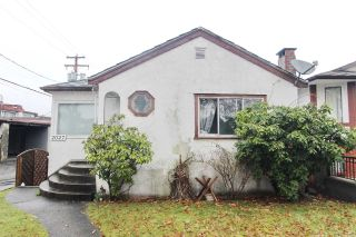 Main Photo: 2027 E 44TH Avenue in Vancouver: Killarney VE House for sale (Vancouver East)  : MLS®# R2241345