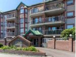 "Main Photo: 220 22661 LOUGHEED Highway in Maple Ridge: East Central Condo for sale in ""GOLDEN EARS GATE"" : MLS®# R2297899"
