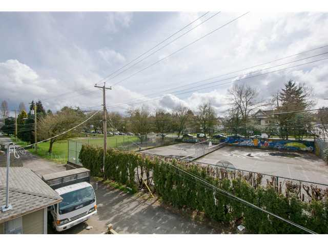 Photo 13: 2622 CLARK Drive in Vancouver: Grandview VE House for sale (Vancouver East)  : MLS® # V1055400