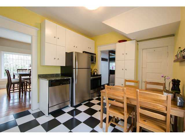 Photo 4: 2622 CLARK Drive in Vancouver: Grandview VE House for sale (Vancouver East)  : MLS® # V1055400