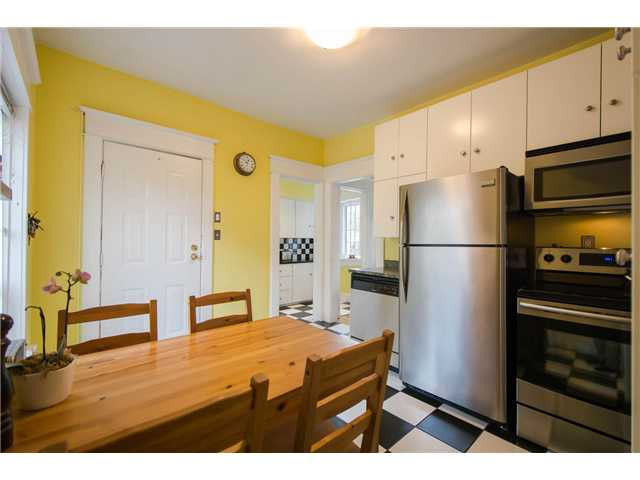 Photo 5: 2622 CLARK Drive in Vancouver: Grandview VE House for sale (Vancouver East)  : MLS® # V1055400