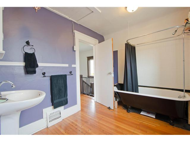 Photo 11: 2622 CLARK Drive in Vancouver: Grandview VE House for sale (Vancouver East)  : MLS® # V1055400