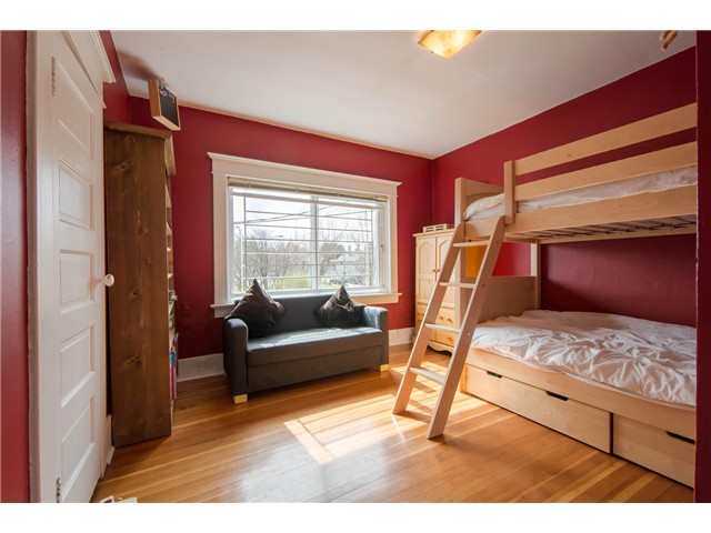 Photo 9: 2622 CLARK Drive in Vancouver: Grandview VE House for sale (Vancouver East)  : MLS® # V1055400