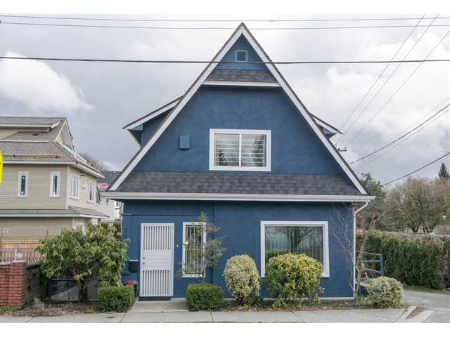 Main Photo: 2622 CLARK Drive in Vancouver: Grandview VE House for sale (Vancouver East)  : MLS® # V1055400