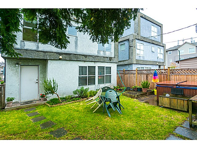 Photo 18: 1588 E 41ST Avenue in Vancouver: Knight House for sale (Vancouver East)  : MLS® # V1089979