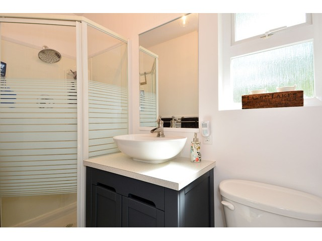 "Photo 18: 12355 NEW MCLELLAN Road in Surrey: Panorama Ridge House for sale in ""Panorama Ridge"" : MLS® # F1437155"