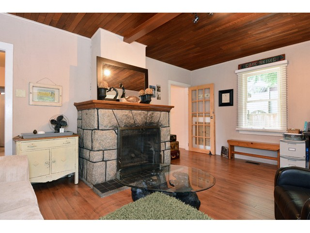 "Photo 5: 12355 NEW MCLELLAN Road in Surrey: Panorama Ridge House for sale in ""Panorama Ridge"" : MLS® # F1437155"