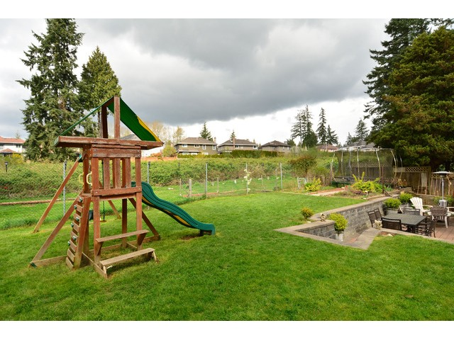 "Photo 3: 12355 NEW MCLELLAN Road in Surrey: Panorama Ridge House for sale in ""Panorama Ridge"" : MLS® # F1437155"