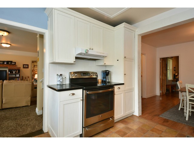 "Photo 10: 12355 NEW MCLELLAN Road in Surrey: Panorama Ridge House for sale in ""Panorama Ridge"" : MLS® # F1437155"