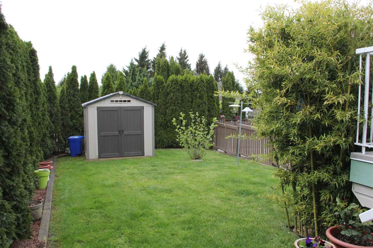 "Photo 15: 21623 MURRAY'S Crescent in Langley: Murrayville House for sale in ""Murray's Corner, Murrayville"" : MLS(r) # R2066484"
