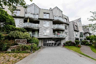 "Main Photo: 409 60 RICHMOND Street in New Westminster: Fraserview NW Condo for sale in ""GATEHOUSE PLACE"" : MLS(r) # R2072382"