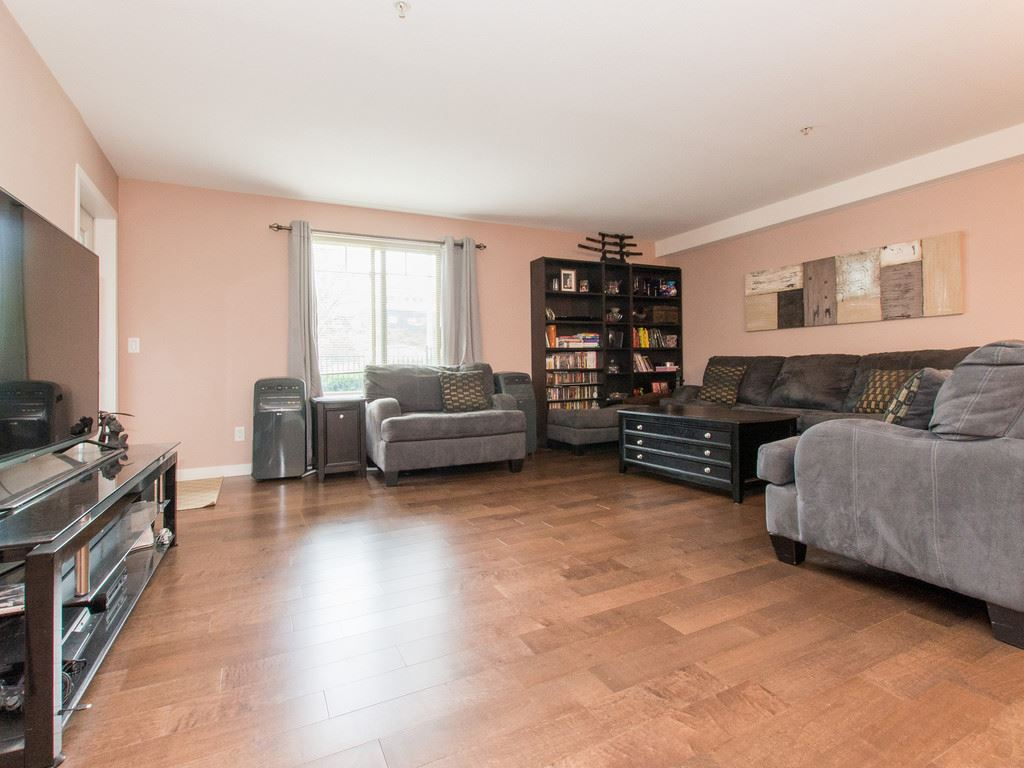 "Photo 3: 2317 244 SHERBROOKE Street in New Westminster: Sapperton Condo for sale in ""COPPERSTONE"" : MLS® # R2092226"