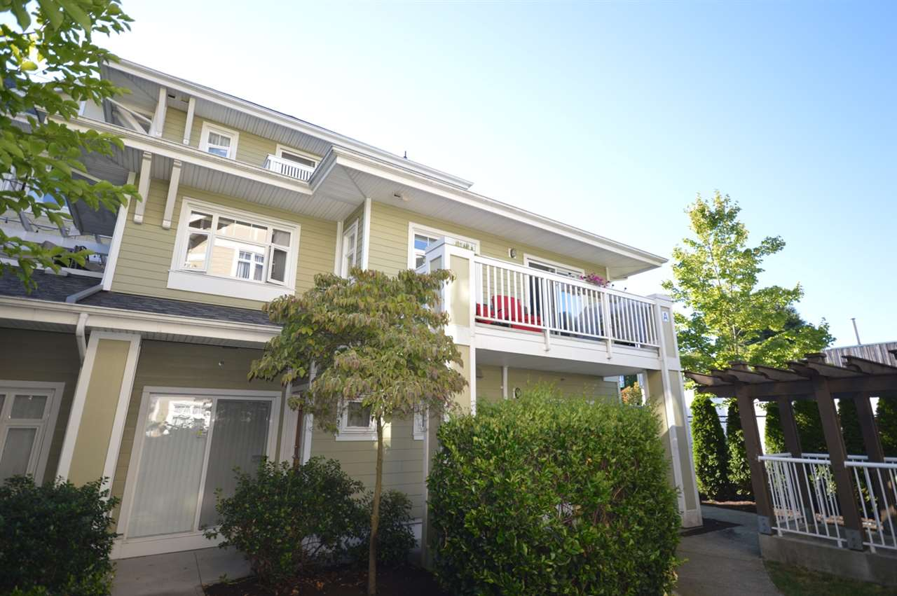 "Main Photo: 5 7388 MACPHERSON Avenue in Burnaby: Metrotown Townhouse for sale in ""ACACIA GARDENS"" (Burnaby South)  : MLS® # R2096974"