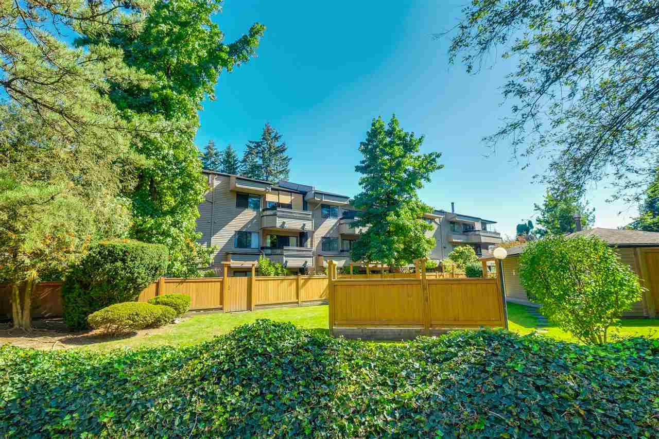 "Photo 2: 210 1195 PIPELINE Road in Coquitlam: New Horizons Condo for sale in ""DEERWOOD COURT"" : MLS® # R2109258"