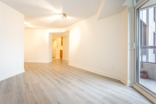 Photo 18: 829 15 Northtown Way in Toronto: Willowdale East Condo for sale (Toronto C14)  : MLS® # C3620934