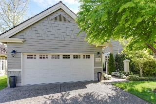 Main Photo: 204 6505 3 Avenue in Delta: Boundary Beach Townhouse for sale (Tsawwassen)  : MLS(r) # R2132161