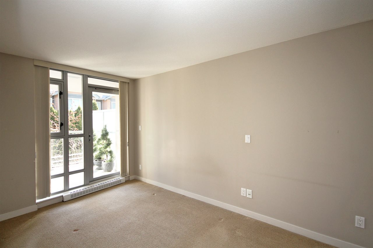 "Photo 10: 208 9373 HEMLOCK Drive in Richmond: McLennan North Condo for sale in ""MANDALAY"" : MLS® # R2138369"