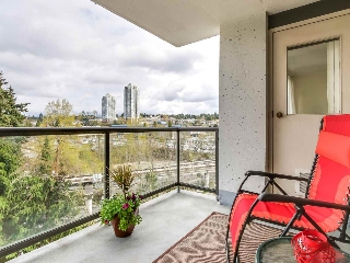 "Main Photo: 903 9521 CARDSTON Court in Burnaby: Government Road Condo for sale in ""CONCORDE PLACE"" (Burnaby North)  : MLS(r) # R2157097"