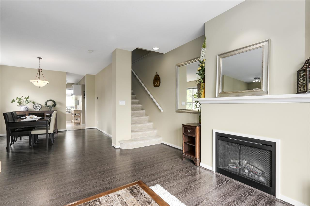 "Photo 4: 39 9133 SILLS Avenue in Richmond: McLennan North Townhouse for sale in ""LEIGHTON GREEN"" : MLS(r) # R2172228"
