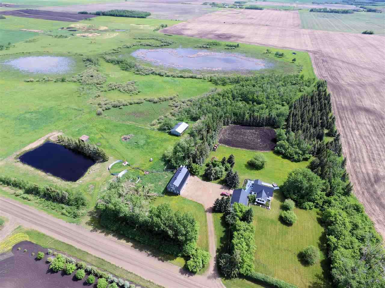 Main Photo: 55109 Range Road 260: Rural Sturgeon County House for sale : MLS(r) # E4068603