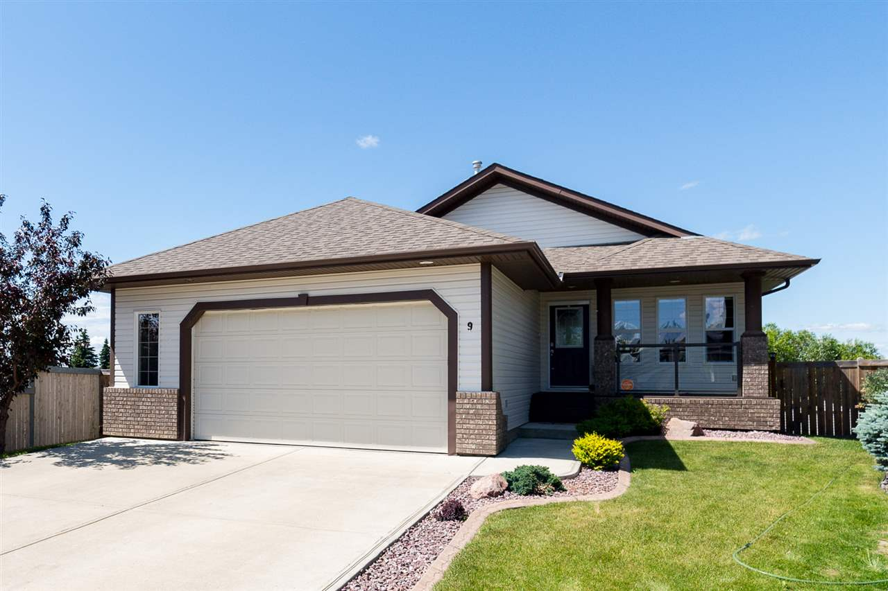 Main Photo: 9 Linksview Cove: Spruce Grove House for sale : MLS® # E4071940