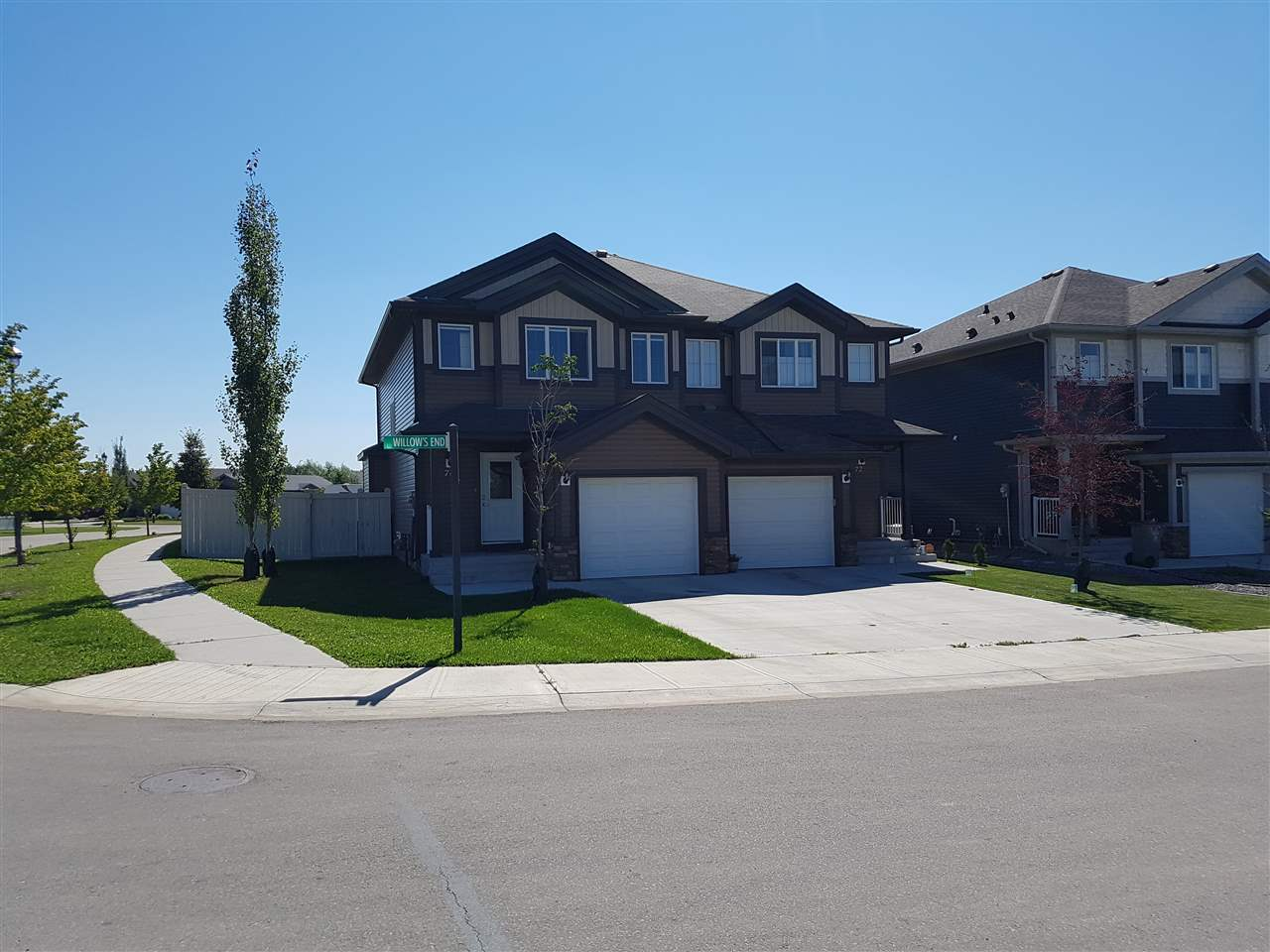Main Photo: 70 WILLOW'S End: Stony Plain House Half Duplex for sale : MLS® # E4077693